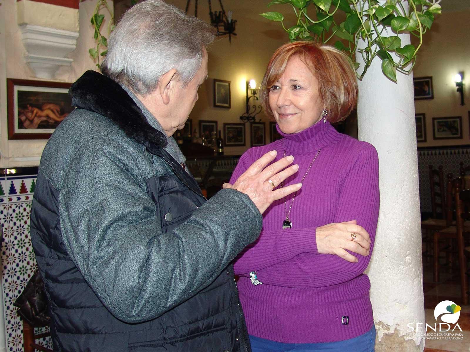 entrega donativo Casa del Valle de los Pedroches Fundacion Senda Casa de Familia