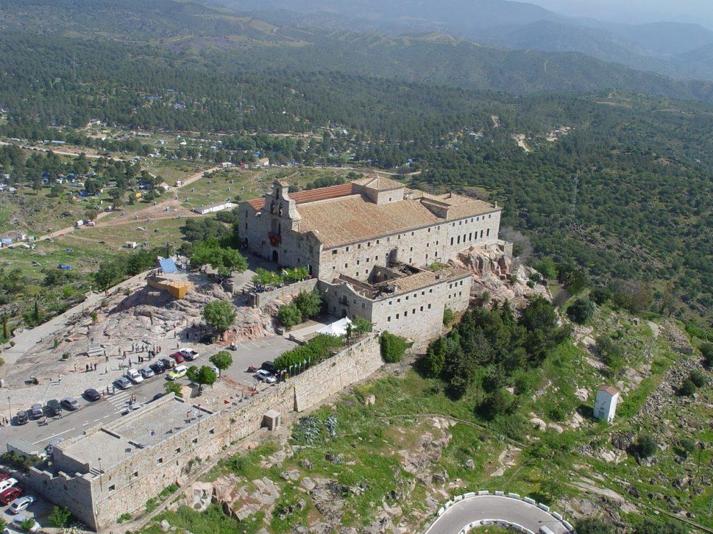 vista aérea Santuario Virgen de la Cabeza Jaén